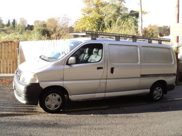 2008 TOYOTA HIACE... MINT CONDITION...