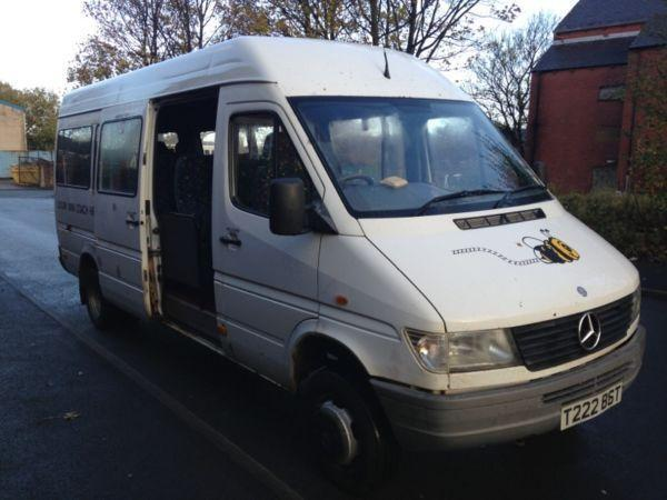 Mercedes sprinter 1999 t 412 twin wheel 17 seater