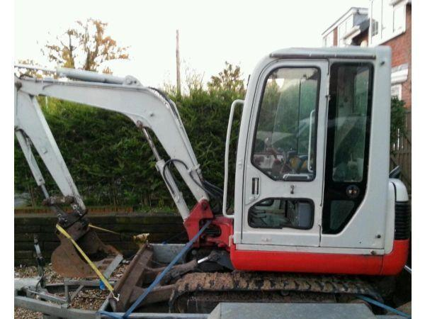 Takeuchi TB125 mini digger excavator quick hitch excellent conditon could deliver