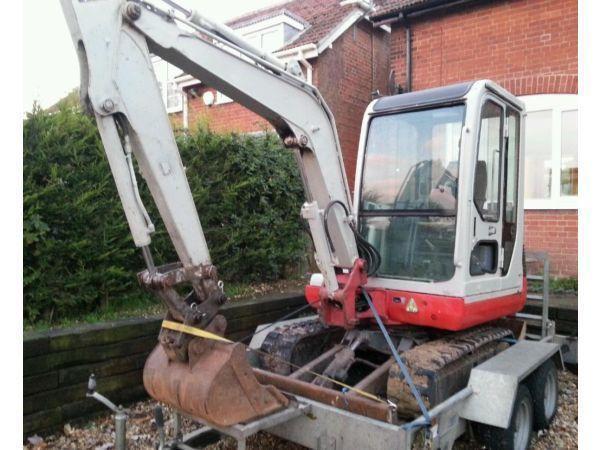Takeuchi TB125 mini digger excavator quick hitch excellent conditon could deliver
