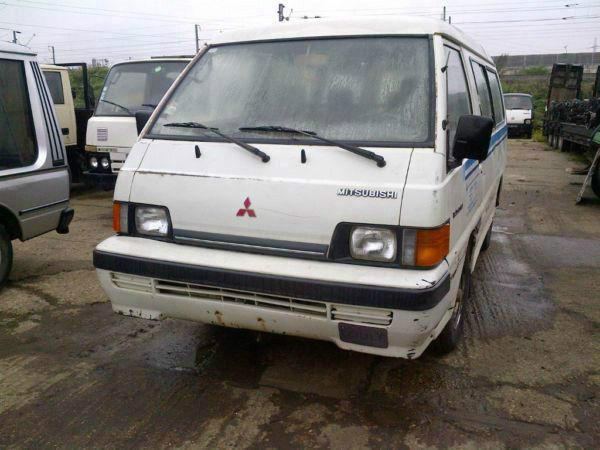 Left hand drive Mitsubishi L300 LWB. Big bumper. Year:1992