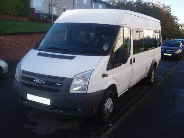 ***NO VAT*** A FORD TRANSIT MINIBUS. 17 SEATER