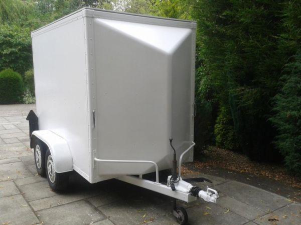 White Deluxe 4 Wheel Trailer Tow A Van