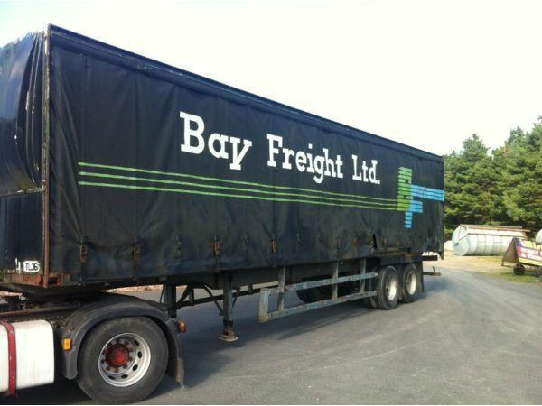curtainside trailers on springs (lorry truck scania volvo daf trailer)