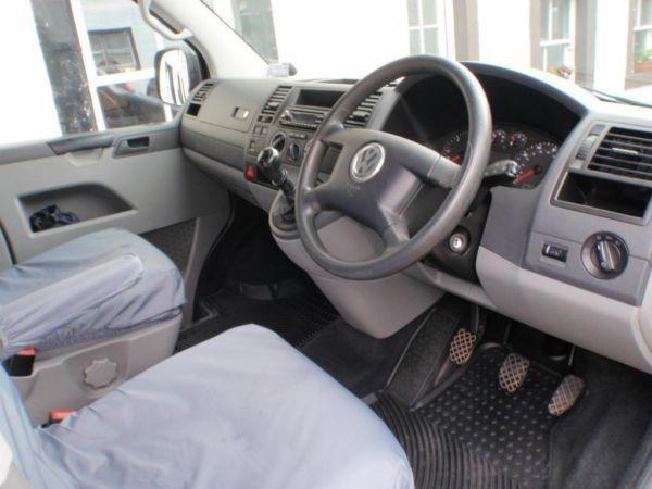 VW Transporter Shuttle 2.5 174bhp