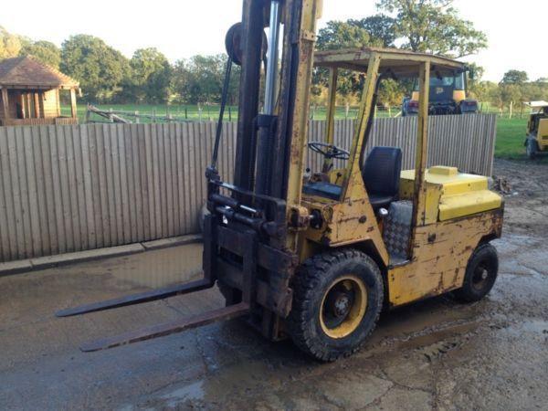 Matbro yard forklift 2.5 ton lift / tractor digger excavator Jcb cat