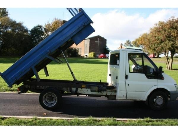 TRANSIT TIPPER MWB 2002 TAX & MOT
