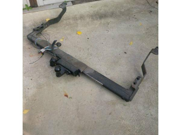 Tow Bar From A 2003 Renault Trafic
