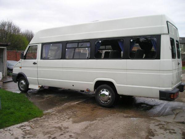 mini bus